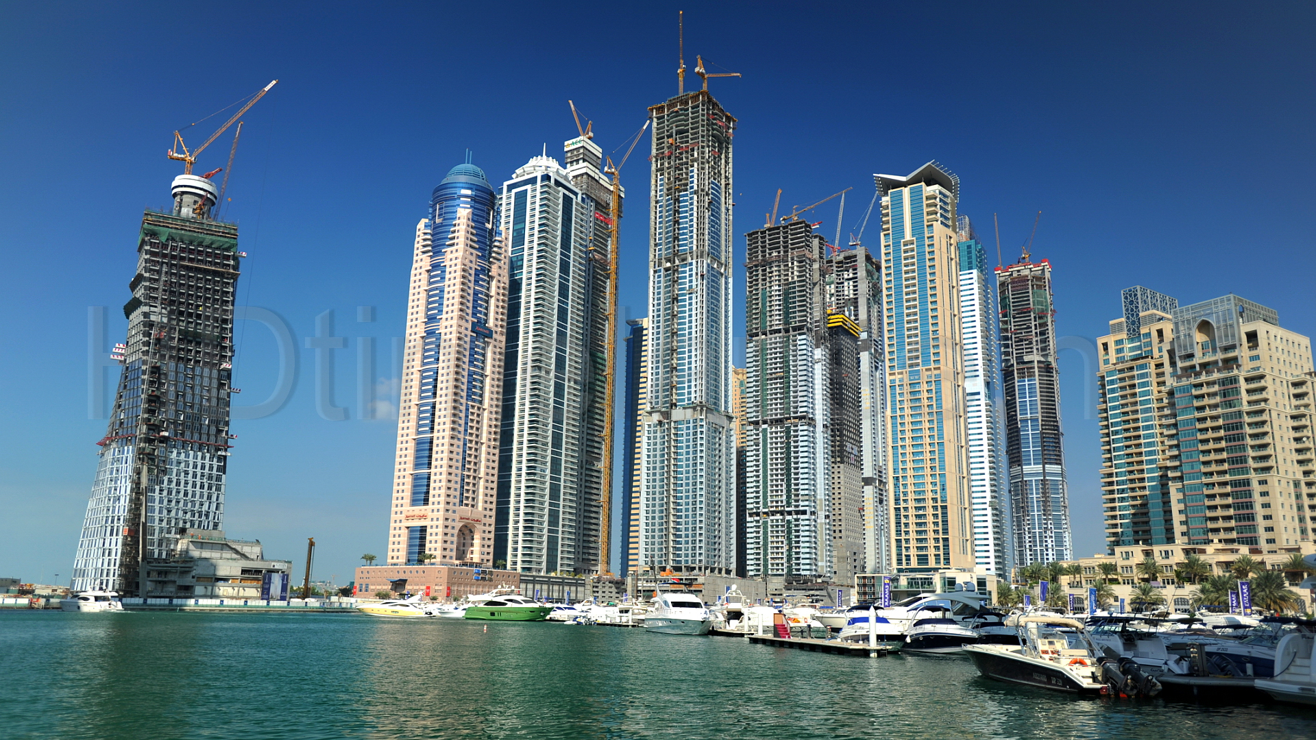Dubai set to become 'crane capital' as construction picks up