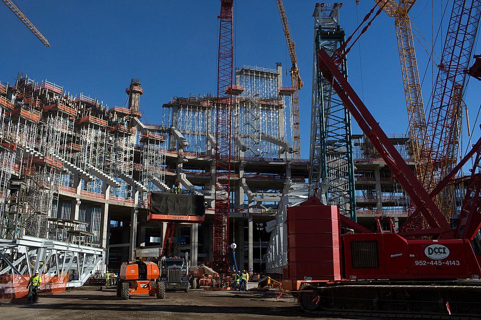 Photos: Vikings stadium construction on schedule ⋆ Crane ...