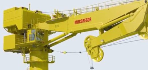 MacGregor's 150 tonne fully heave-compensated knuckle boom fibre-rope crane