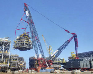 ALE AL.SK350 making its first lift at a yard in Brazil helping to construct an FPSO